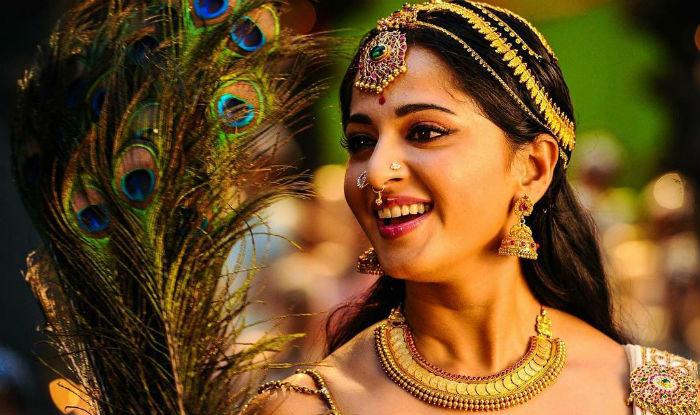 Anushka beats Ram charan in Pirated download