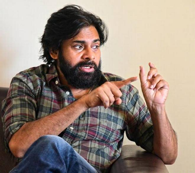 Pawan Kalyan in Telugu remake of Bollywood hit Pink