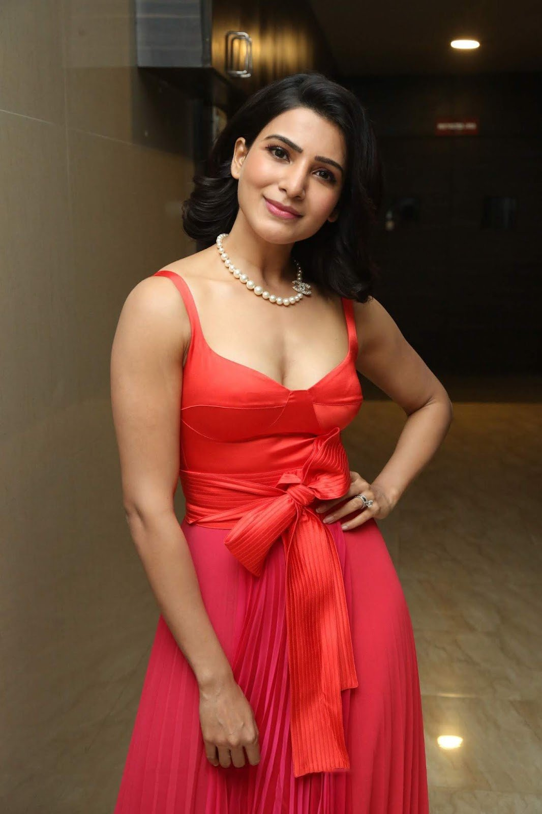 Samantha Akkineni to sign Telugu remake of Dia