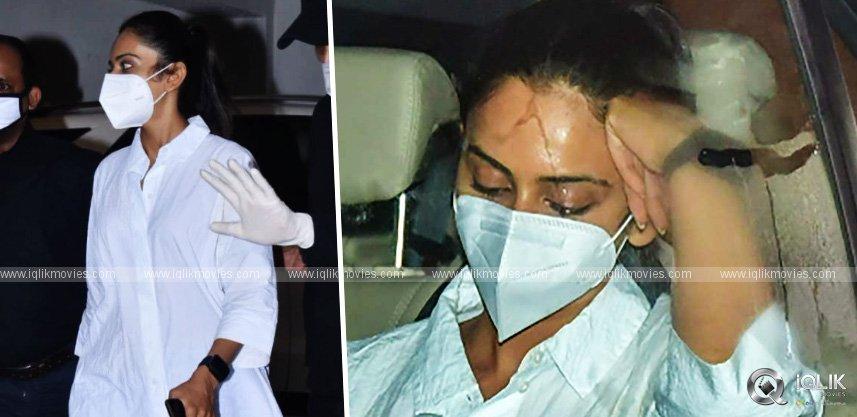 Drugs Case: Rakul Preet reached NCB office in Mumbai