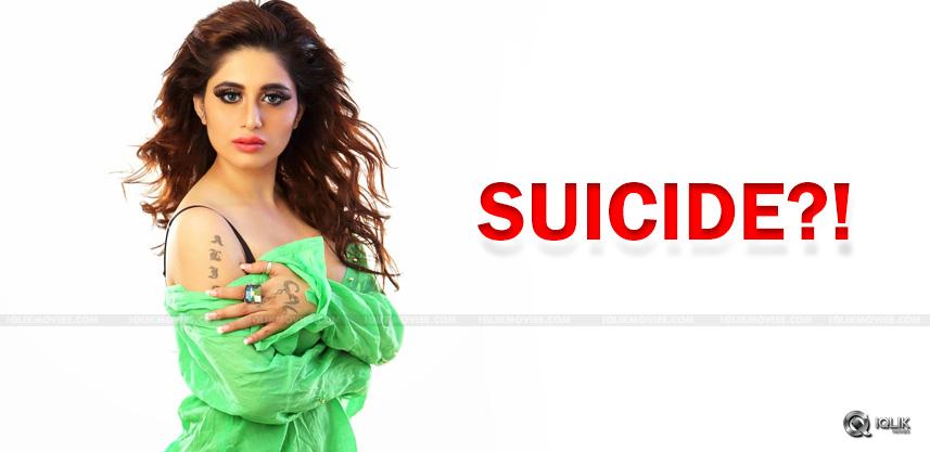 alisa-khan-alleges-her-husband-betrayed-her