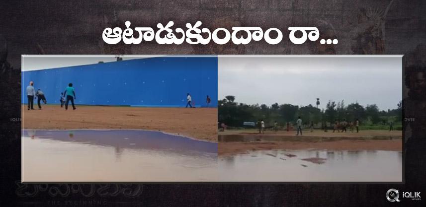 baahubali-unit-playing-cricket-at-shooting