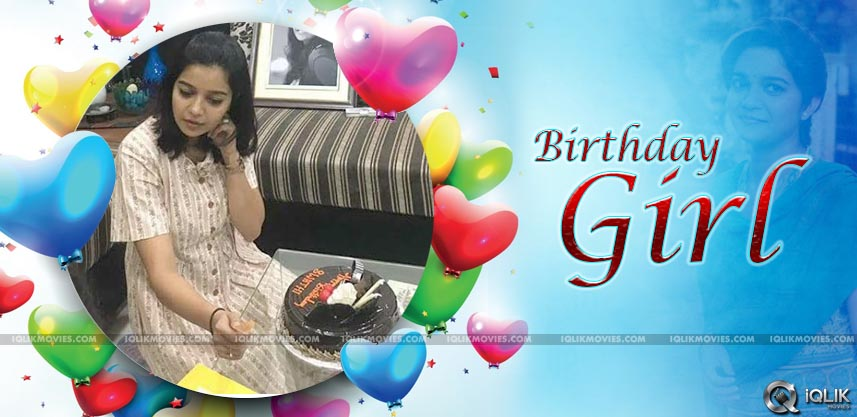 colors-swathi-birthday-special-image-details