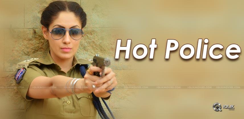 hot-lady-as-telangana-police-