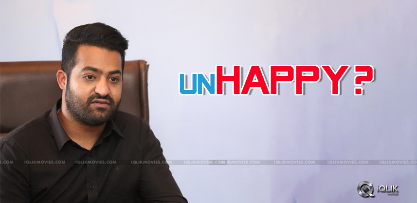 specualtions-over-jrntr-unhappy-with-the-director