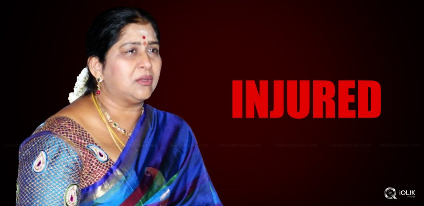 actress-kavitha-met-with-accident-details