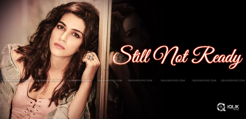 kriti-sanon-not-yet-ready-for-glamour-show