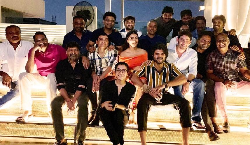 mahesh-and-vijay-are-celebrating-for-maharshi