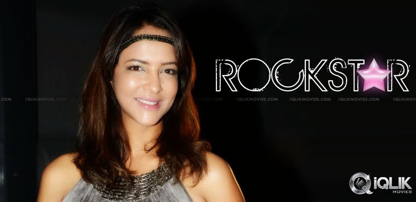 manchu-lakshmi-is-telugu-lady-gaga-on-twitter