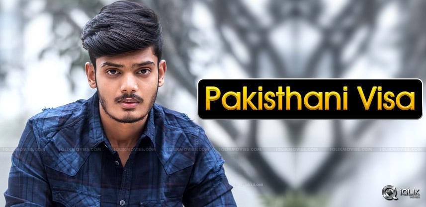 akash-puri-pakisthani-visa-mahbooba