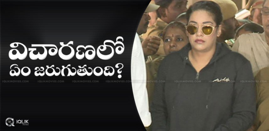 mumaith-khan-attending-sit-investigation