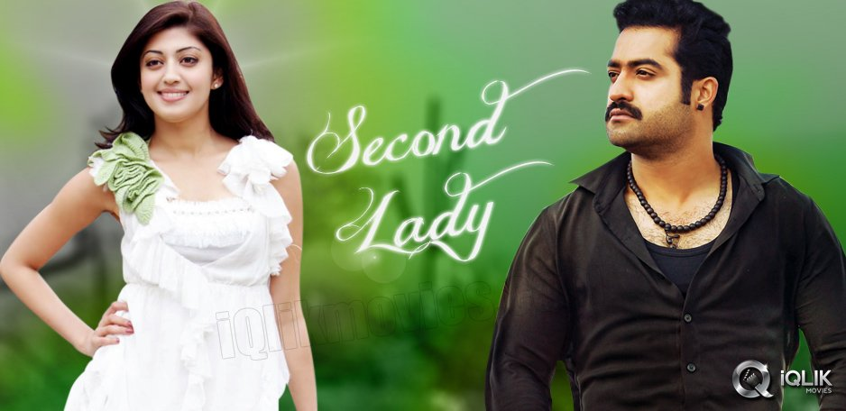 Pranitha-second-heroine-in-NTR-Srinivas039-s-film