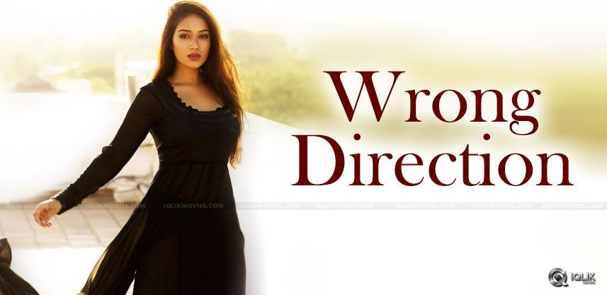 mental-madhilo-Nivetha-pethuraj-into-direction