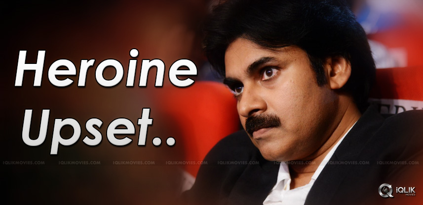 pawan-kalyan-upsets-actress-details-