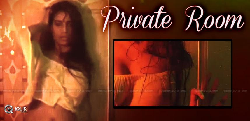 poonam-pandey-s-private-room-vulgar-video