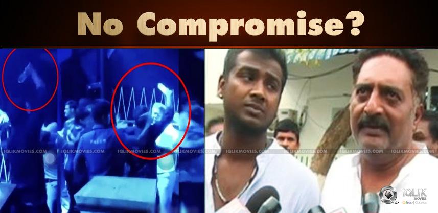 Prakash-Raj-Rahul-Goes-Assembly-Post-Pub-Attack