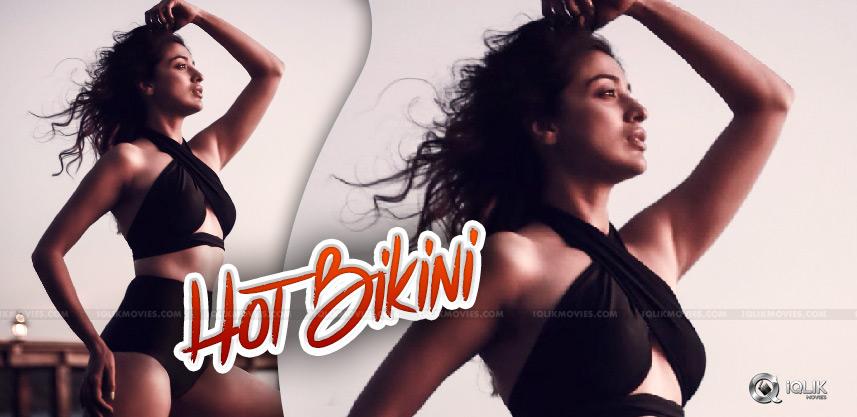 heroine-raai-laxmi-s-hot-bikini-treat