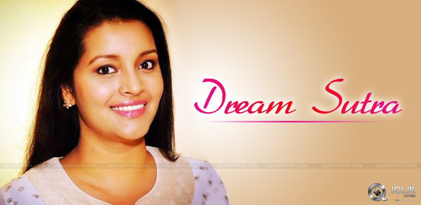 renu-desai-tweets-about-sleep-and-dreams