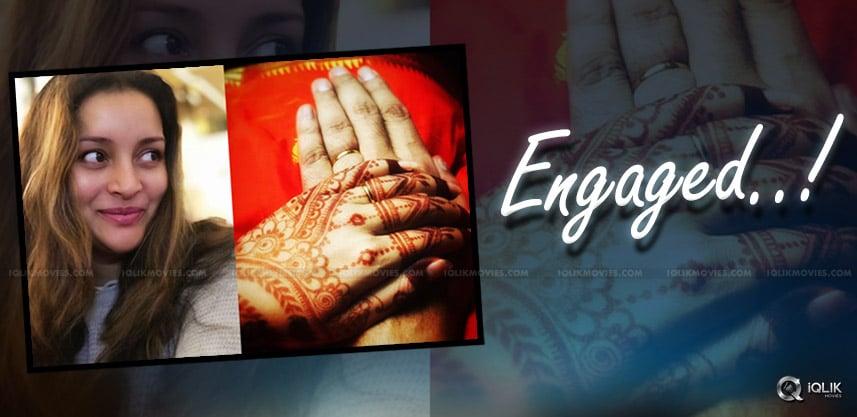 renu-desai-pawan-kalyan-ex-wife-engaged-