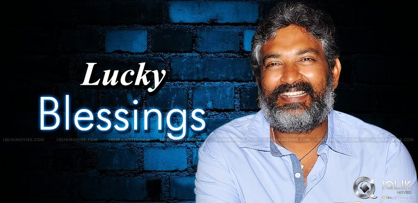 praying-for-rajamouli-twitter-blessing