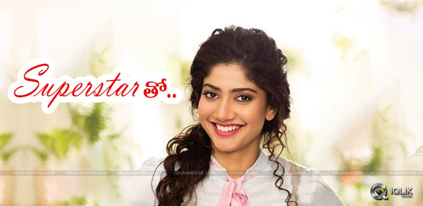 actress-saipallavi-with-tamil-starhero-vikram