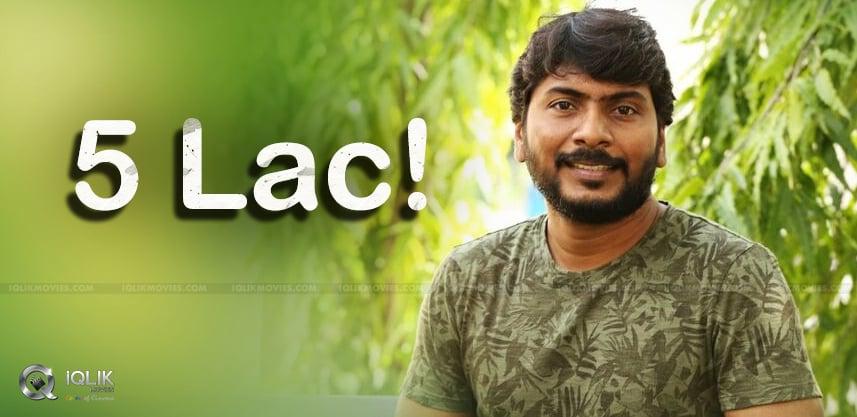 Seetimaar-Director-Donates-5-Lakhs-To-CCC