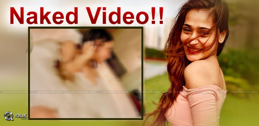 Sara Khan's Nude Bathtub Video Goes Viral