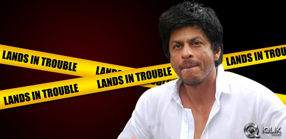 Shah-Rukh-lands-in-trouble