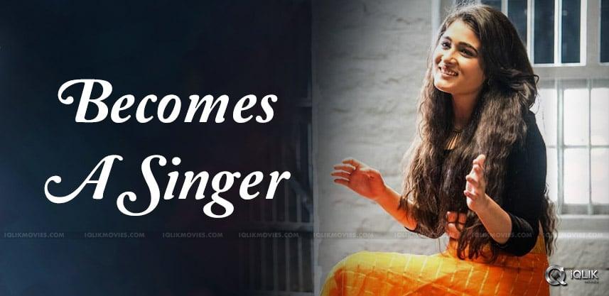 shalini-pandey-singing-in-band-lagori-details