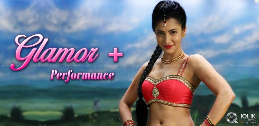 pooja-showcasing-her-beauty