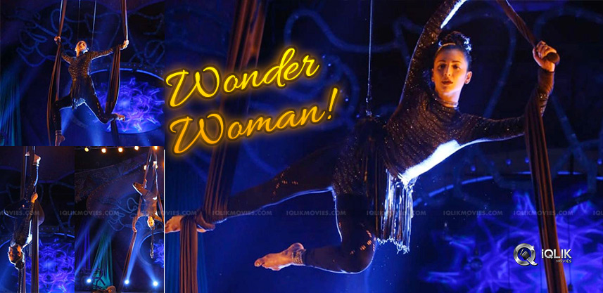 shruthi-hassan-becomes-wonder-woman