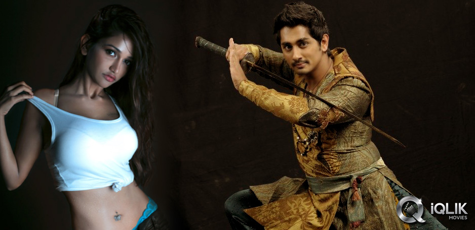 Siddharth-period-romance-with-RGV-heroine