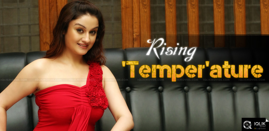 sonia-agarwal-to-play-reporter-in-ntr-temper-movie