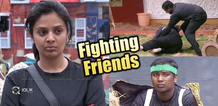 bigg-fight-sree-mukhi-rahul-sipligunj