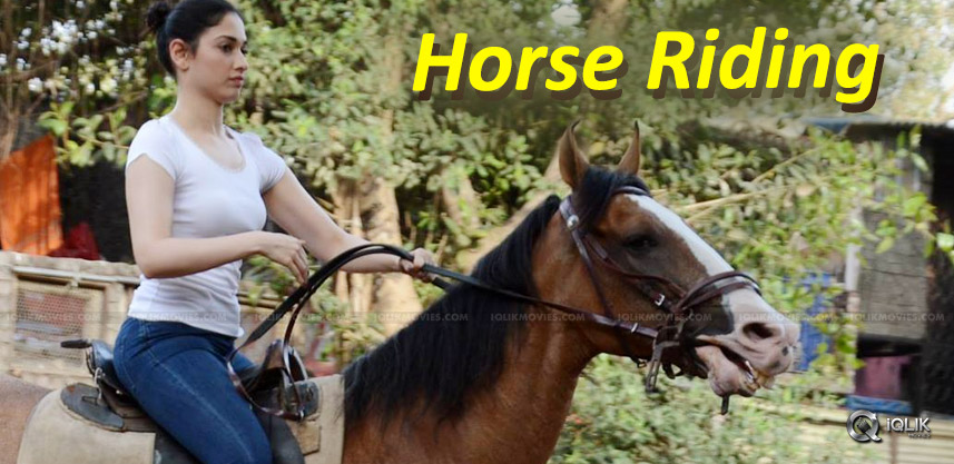 tamannaah-horse-ride-training-for-baahubali2