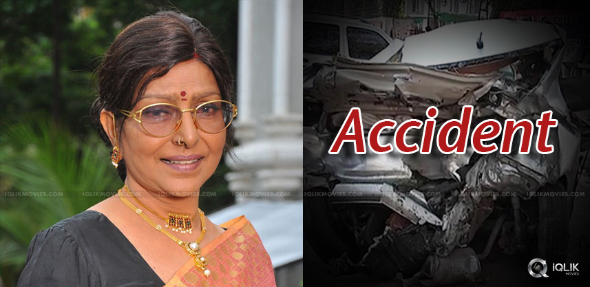 actress-urvashi-sharada-meets-with-an-accident