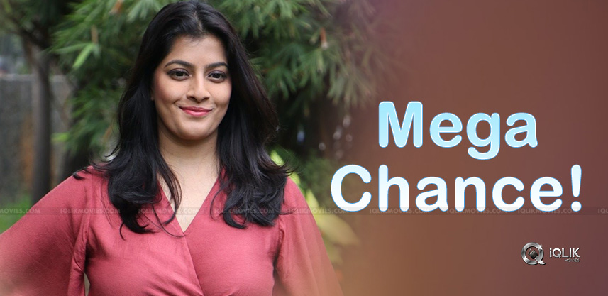Mega-Chance-For-Varalakshmi-Sarath-Kumar