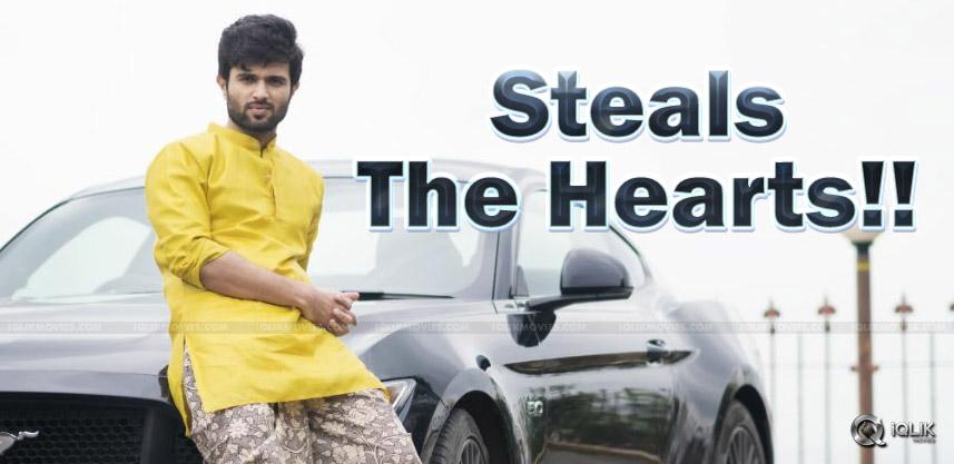 vijay-devarakonda-loots-hearts