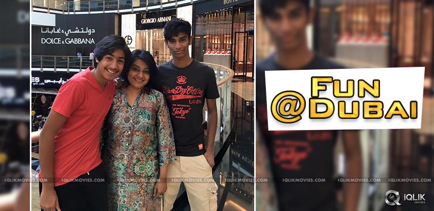 child-artist-vikram-sahadev-with-his-mother