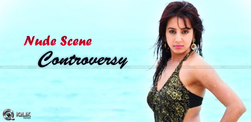 heroine-sanjjanaa-agraja-nude-scene-controversy-