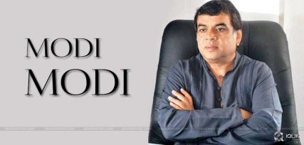 paresh-rawal-acting-in-a-movie-as-modi