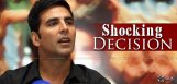 akshay-kumar-as-gay-in-dhishoom-movie