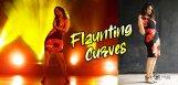 anasuya-bharadwaj-flaunting-curves