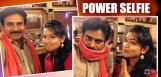 ashwini-selfie-with-pawan-kalyan-on-sgs-sets