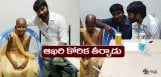 dhanush-meets-his-ill-health-fan