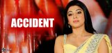 actress-pranitha-met-with-car-accident-news