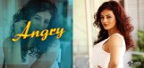 actress-seerat-kapoor-angry-over-producer
