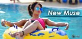 discussion-on-actress-tejaswi-madiwada-following