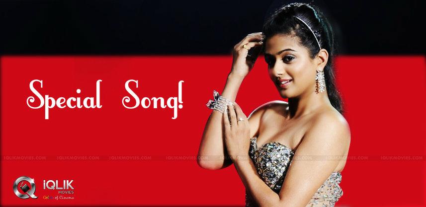 priyamani-special-song-in-pawan-venky-gopalagopala