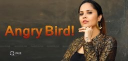 Anasuya-Emotional-Anger-On-Rumours